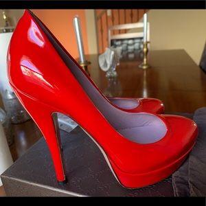 Auténtic Red Gucci shoes 👠